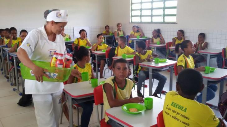 CONFIRA OS VALORES TRANSFERIDOS PELO FNDE PARA A ALIMENTAÇÃO ESCOLAR